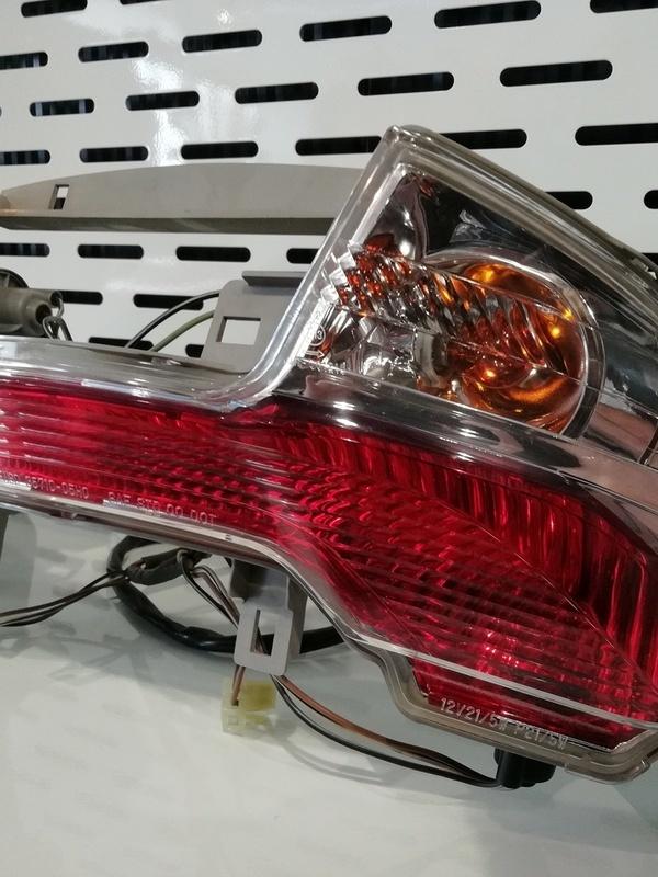 LAMP ASSY. REAR AN400 2011